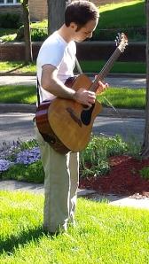 Maxwell Honey, front-yard troubadour